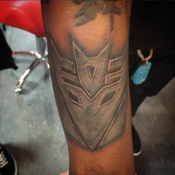 Decepticons Logo Tattoo by Peter van der Helm @ Walls and Skin Amsterdam Rotterdam