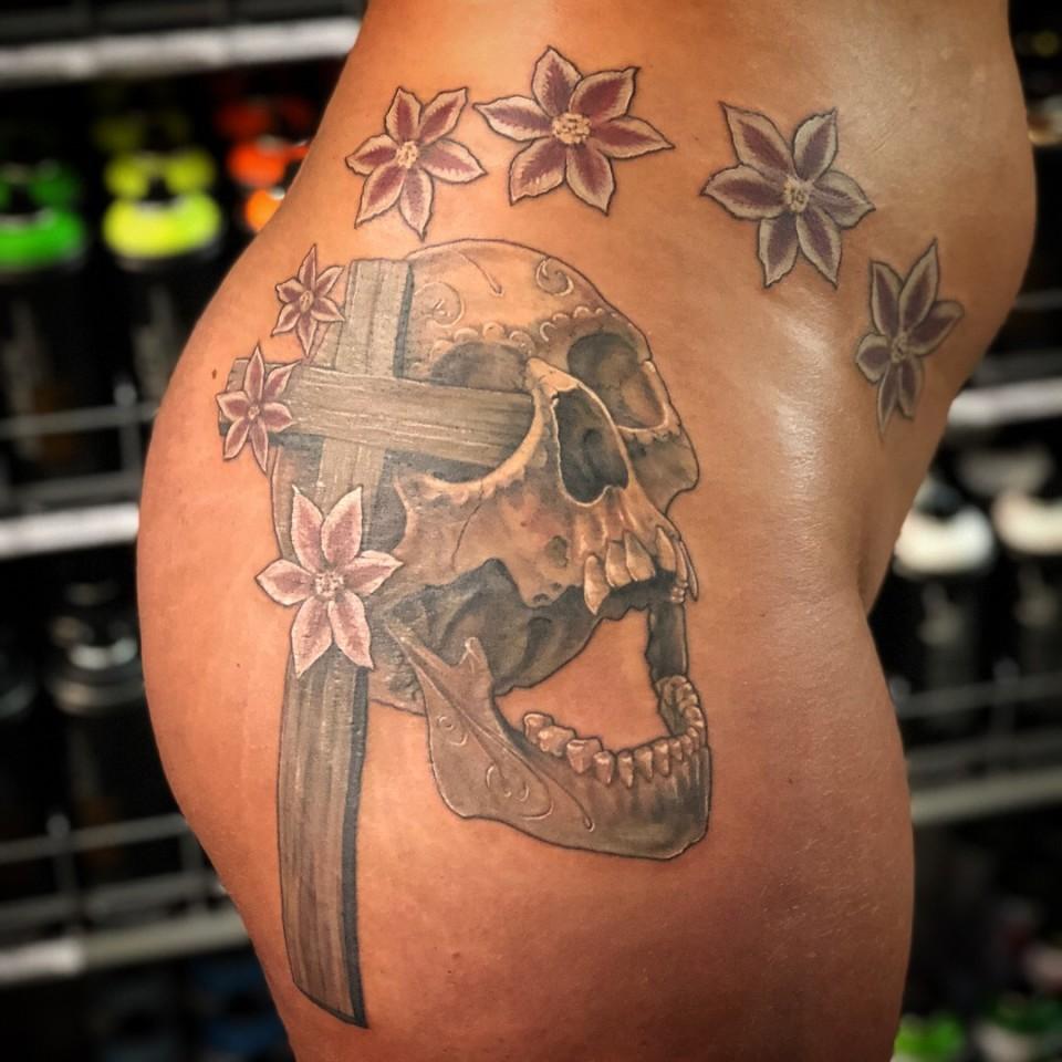 Realistic Sexy Skull Tattoo