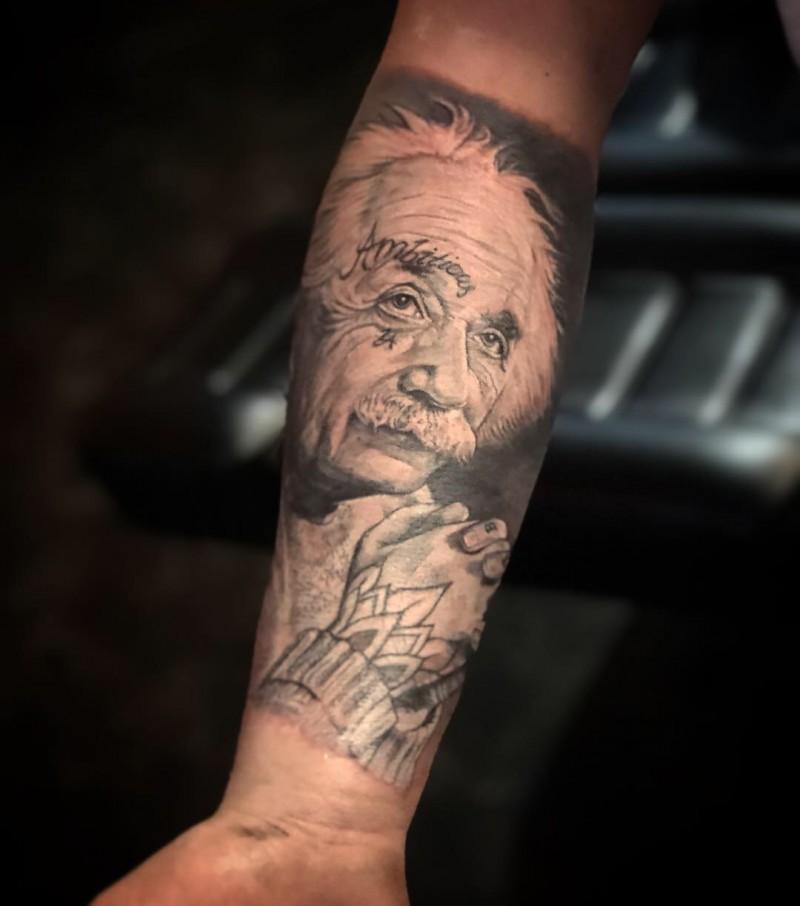 Einstein Tattoo by Peter van der Helm - Walls and Skin